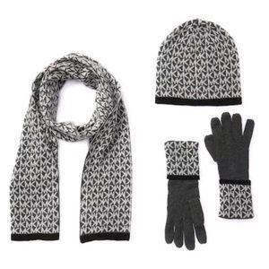 NIB Michael Kors Hat Scarf Gloves Winter Gift Set